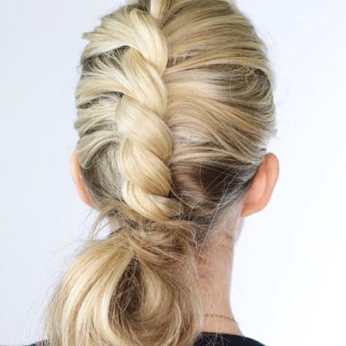 плетение косы из двух прядей