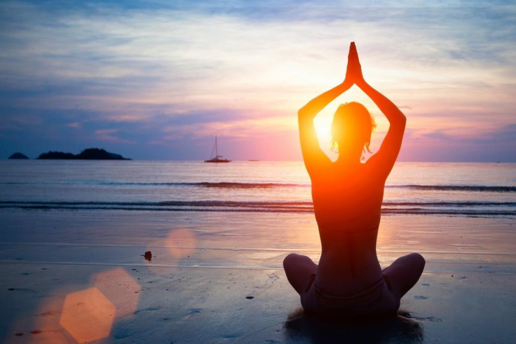 человек в позе йоги