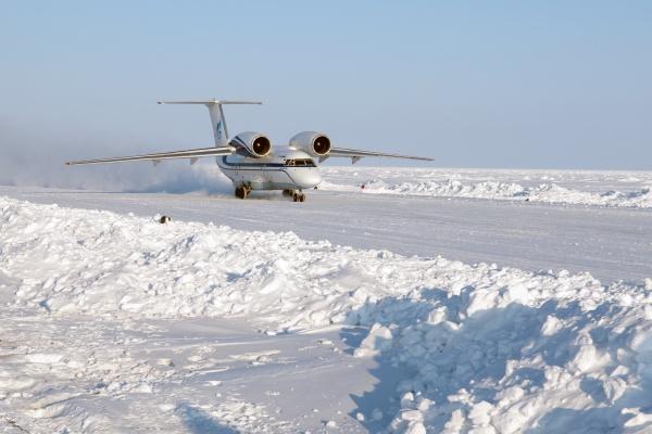 Самолет на полюсе