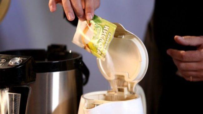 устранение неприятного запаха в чайнике