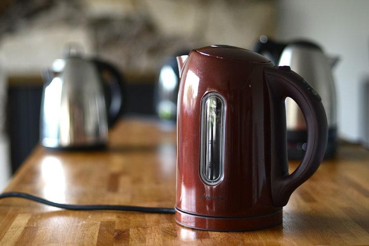 устранение запаха пластика в чайнике