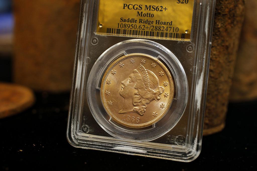 Золотой доллар монета