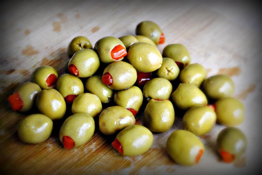 почему кот любит оливки зеленые