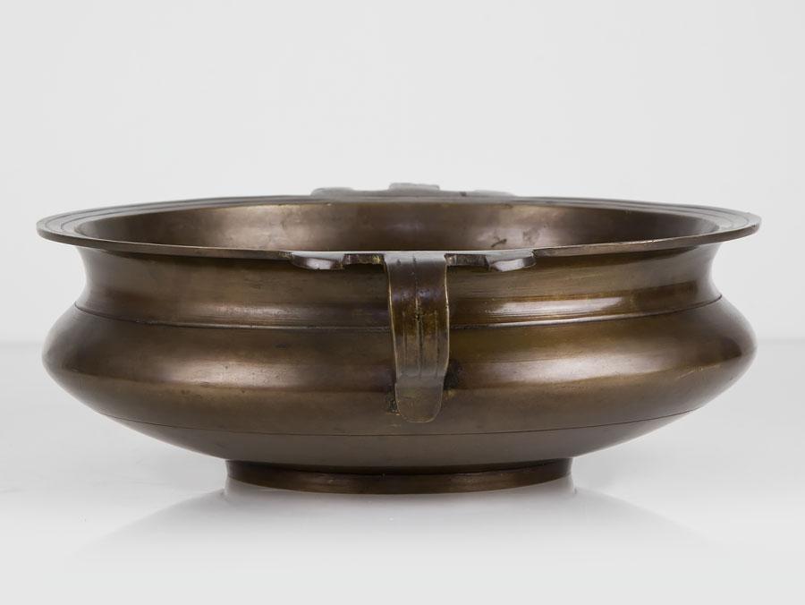Древняя ритуальная чаша