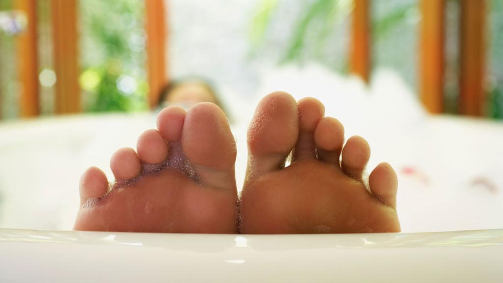 отеки нижних конечностей причины лечение у пожилых