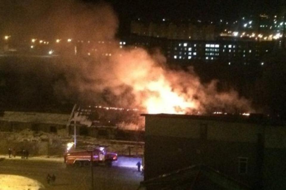 Пожар в заброшенном здании