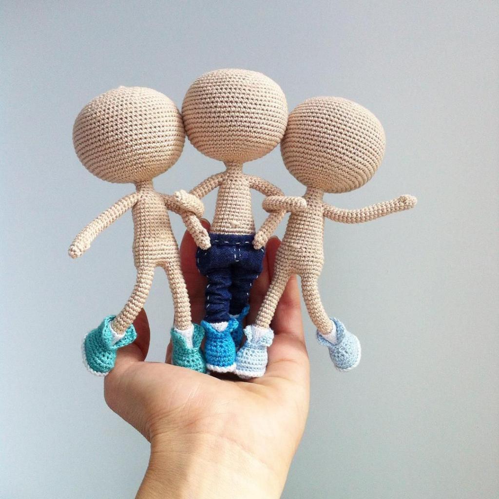 куклы амигуруми в процессе создания