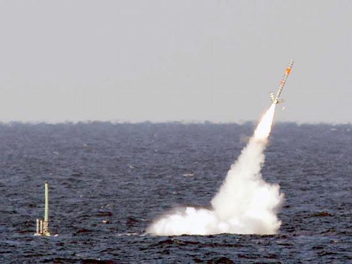 """Запуск ракеты """"Гарпун"""" с подводной лодки"""