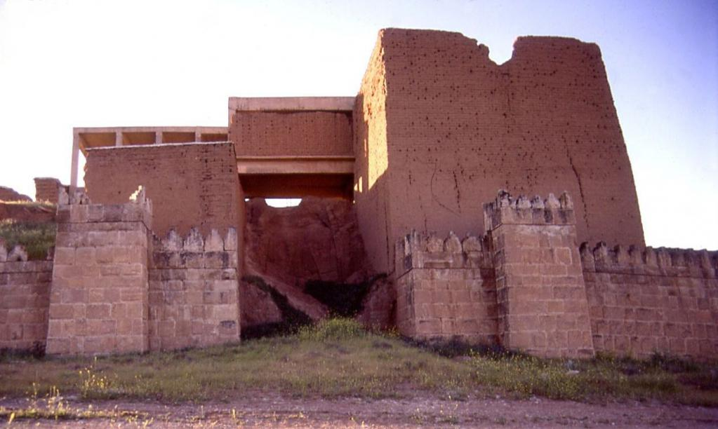 Руины Ассирийского города