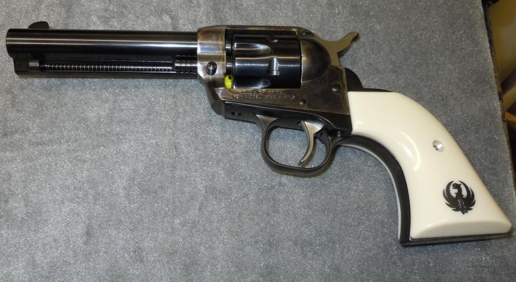 револьвер ругер 22