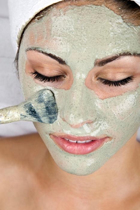 маска для лица омолаживающая в <a href='http://monateka.com/cat/home-improvement/ '>домашних</a> условиях