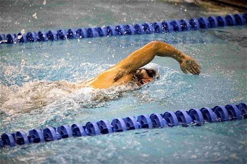 сколько нужно плавать в бассейне чтобы похудеть на пару кг