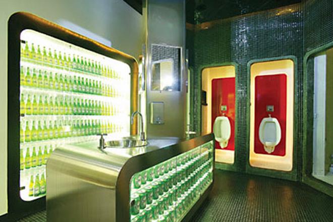 туалет с баром