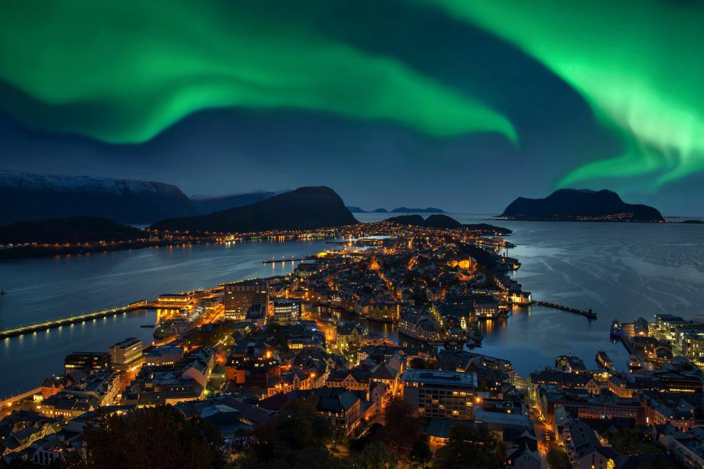 Фото северного сияния в Норвегии