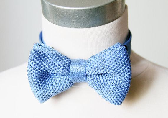 Необычный вязаный галстук