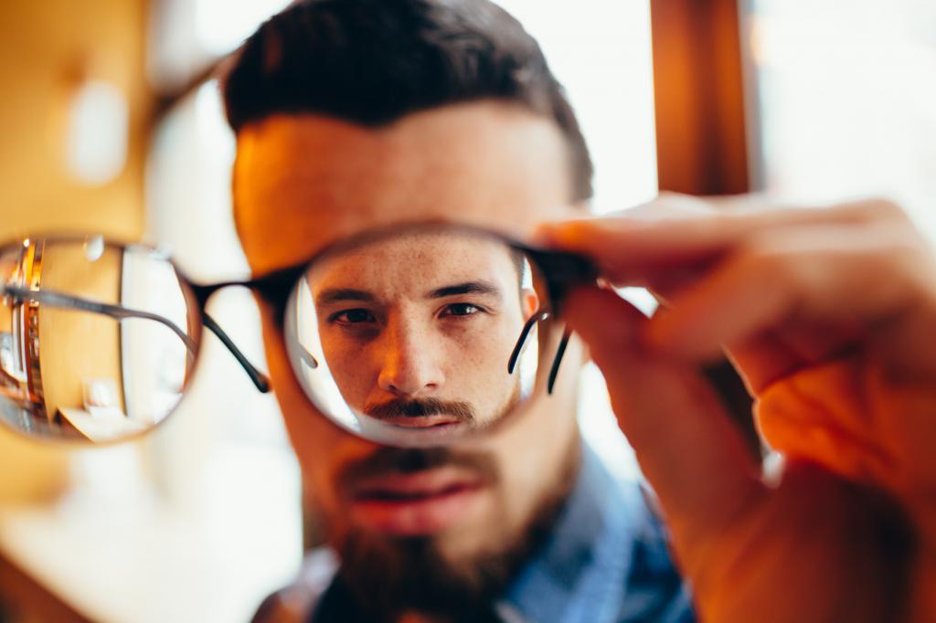 Как видит близорукий человек?