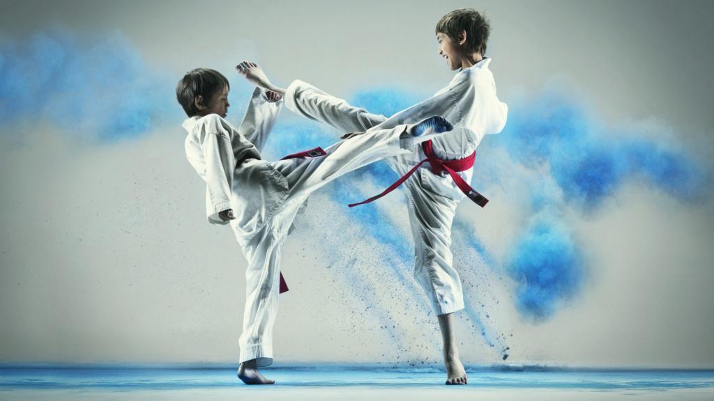борьба двух юношей