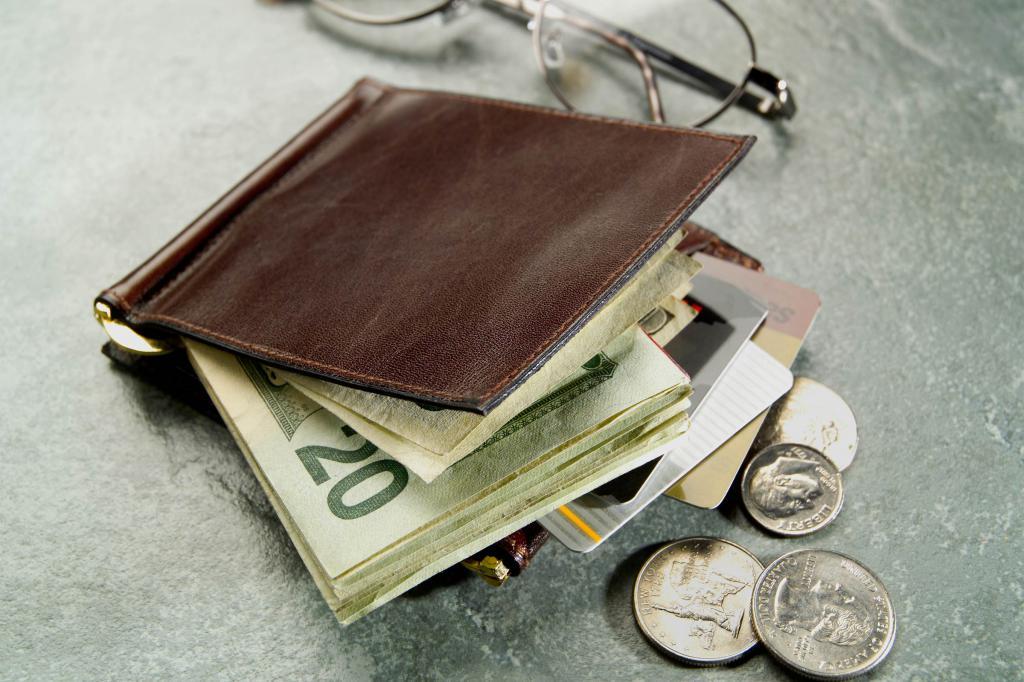к чему снится потеря кошелька с деньгами