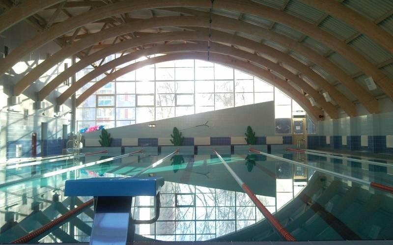 бассейн академический москва