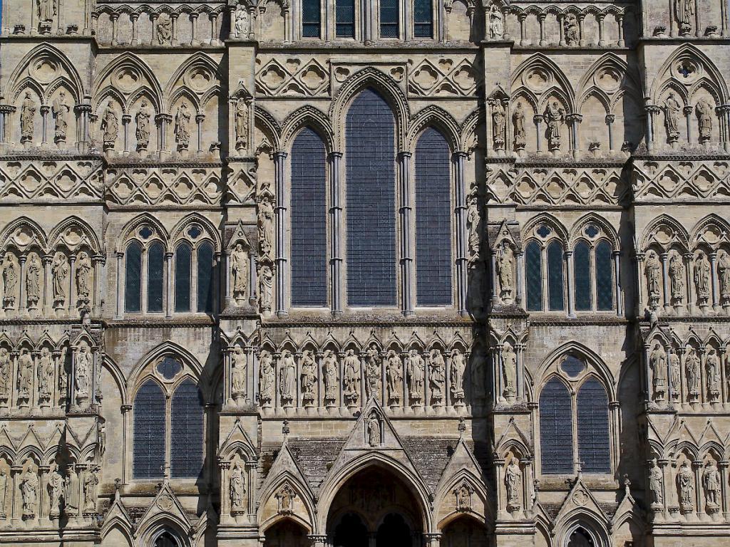 Фасад собора