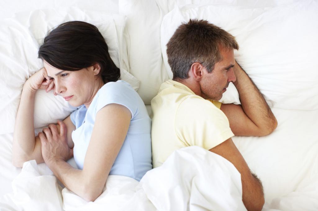 Жена отказывает в близости мужу