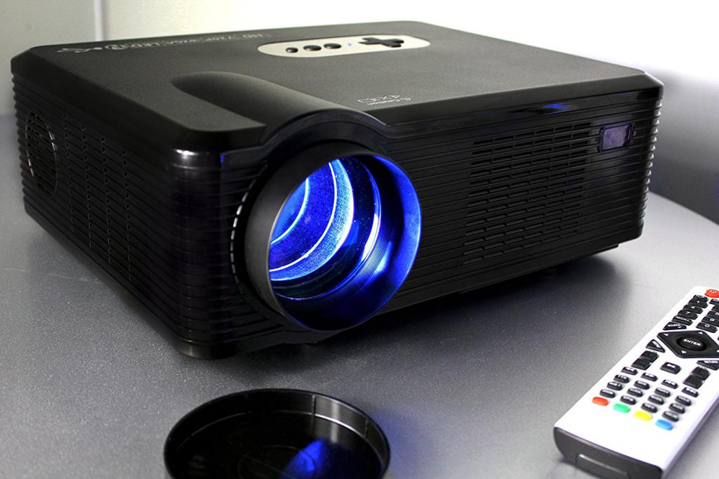 720P LED LCD PROJECTOR