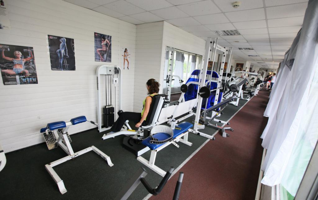 тренажерный зал в бауманском спорткомиплексе
