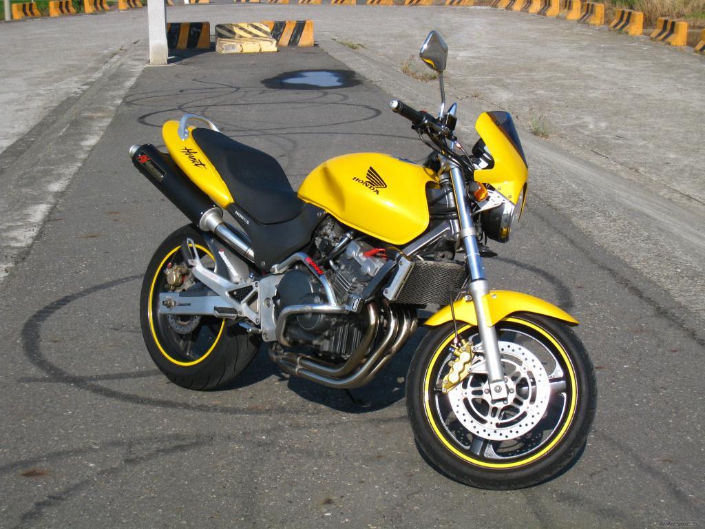 японский мотоцикл honda hornet 250