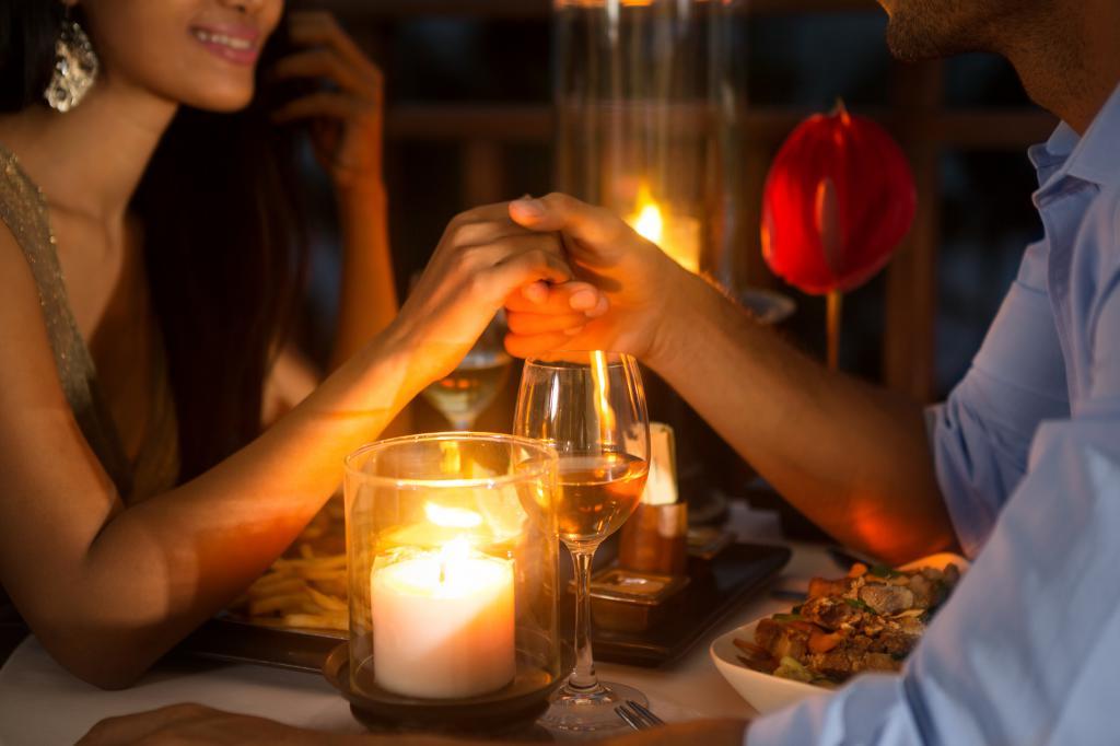 как разнообразить отношения с парнем дома