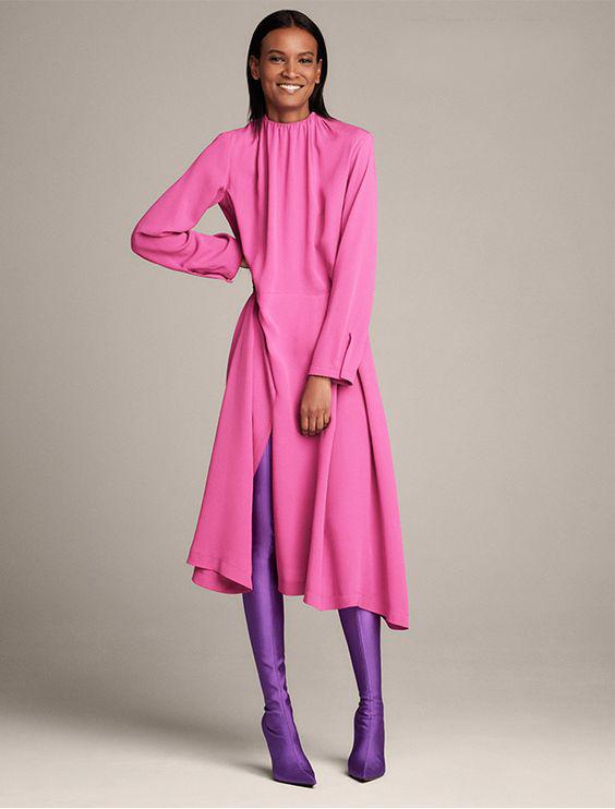какой цвет подходит к розовому платью