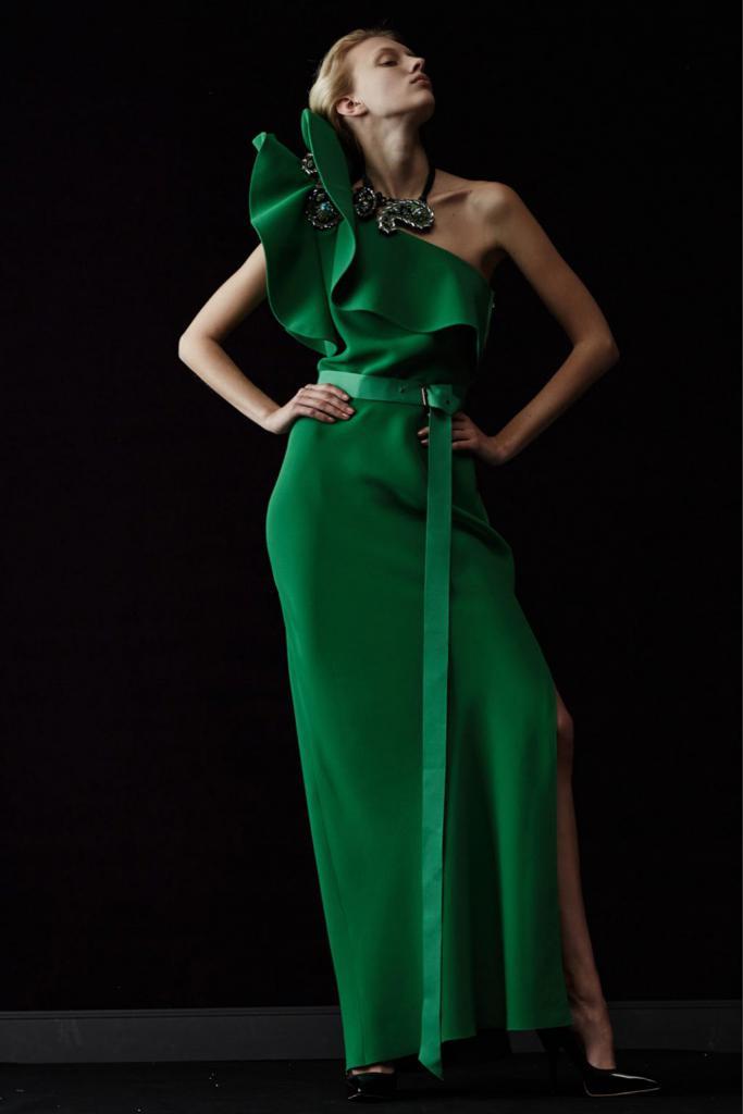 вечернее платье темно зеленого цвета