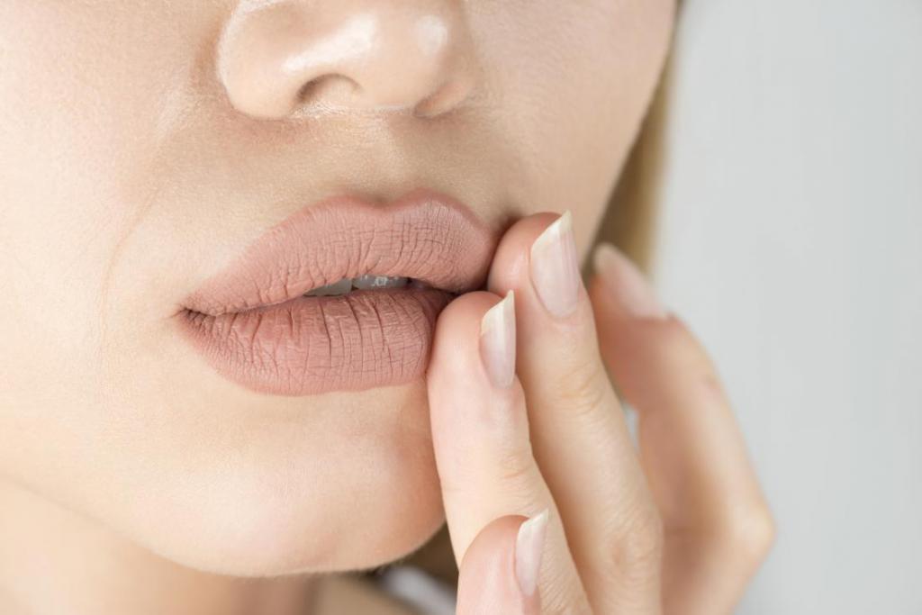 причины и симптомы молочницы во рту у взрослых