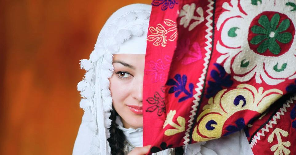 какие праздники в таджикистане