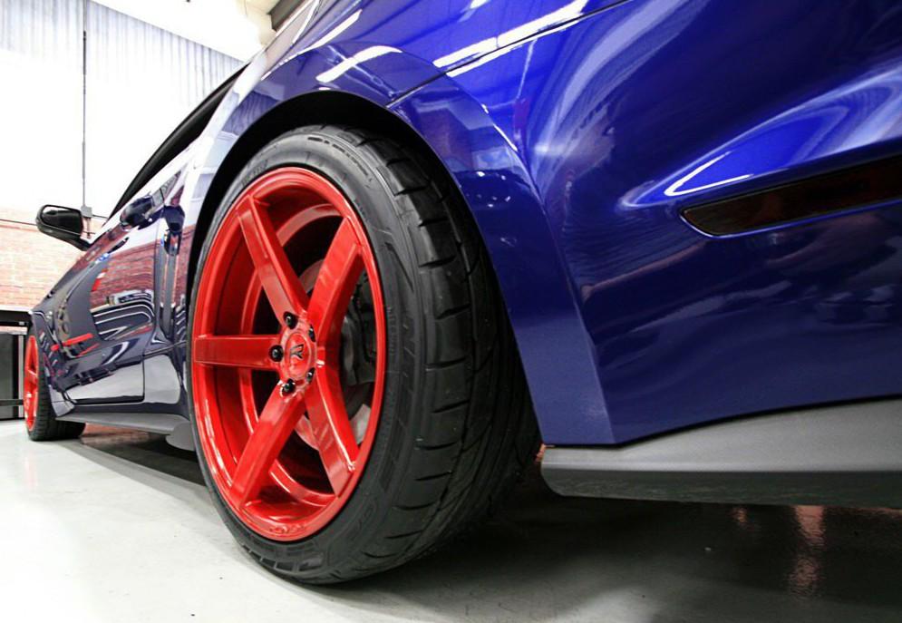 Шины Nitto на спортивном автомобиле