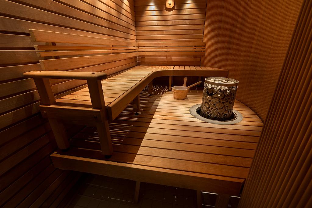 Полоки и лавки в бане