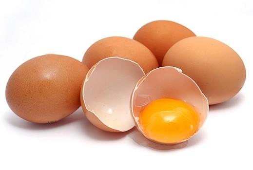 сколько содержания витамина б2 в яйце