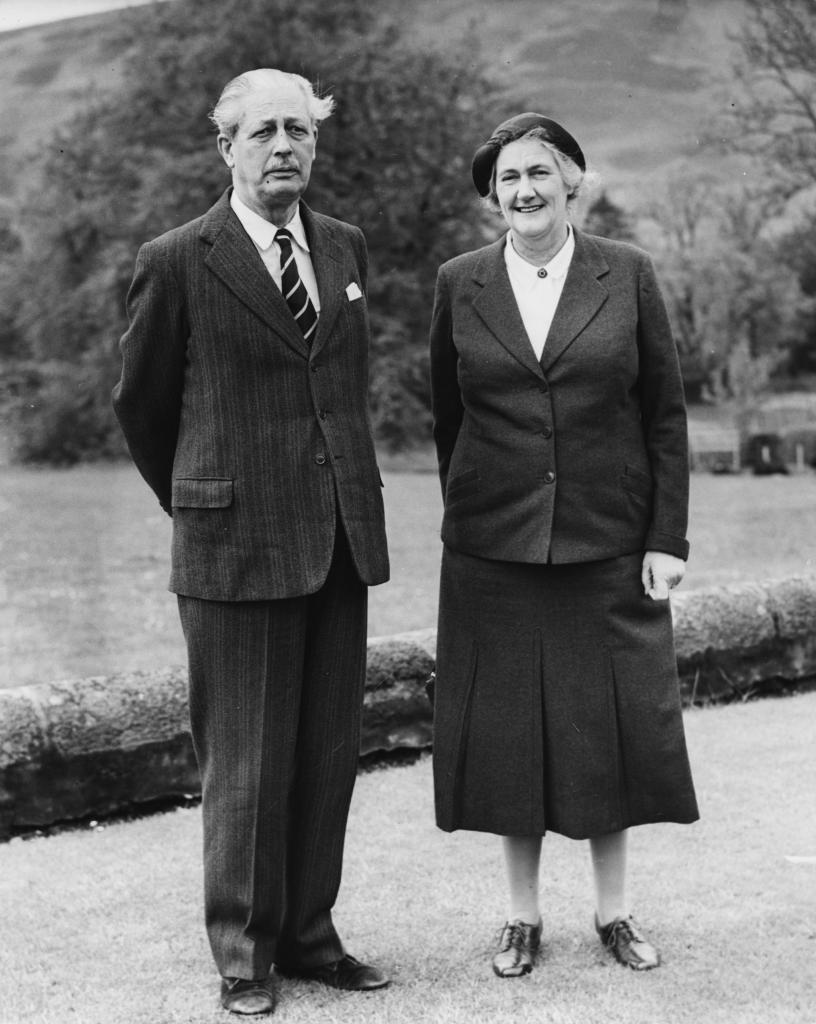 Макмиллан с женой