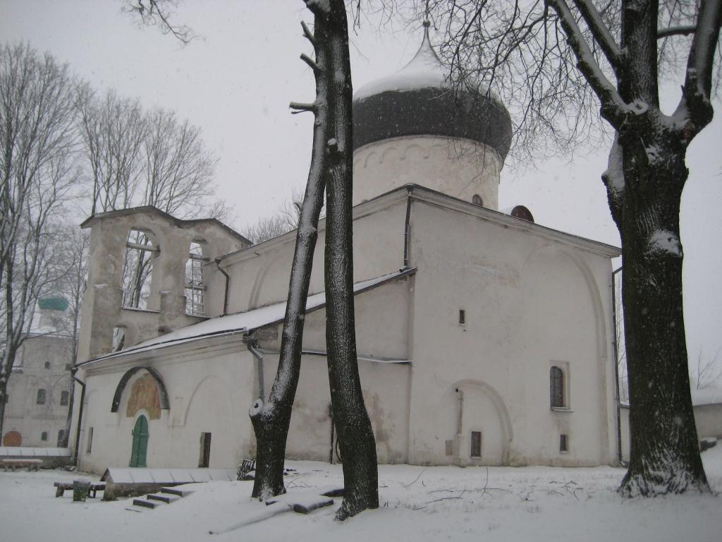 Мирожский монастырь в городе Псков