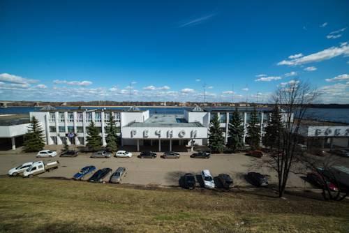 отель в Ярославле на берегу