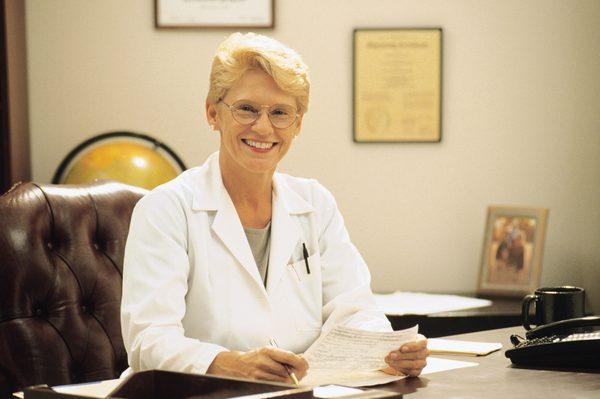 Обязанности главного врача