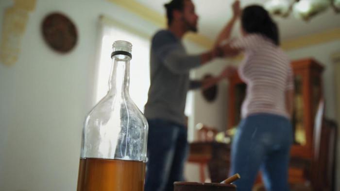Почему алкоголики агрессивные 196