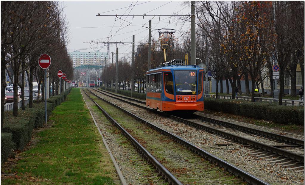 Движение трамвая без пробок
