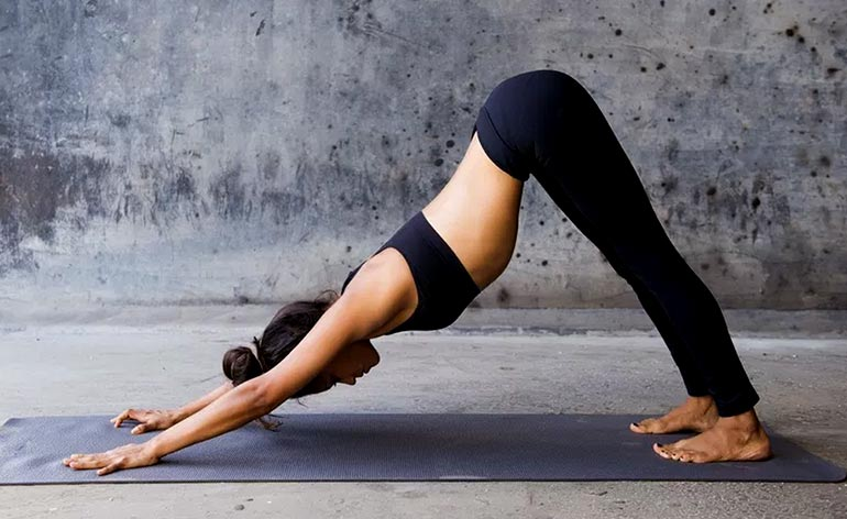 йога при болях в спине и пояснице