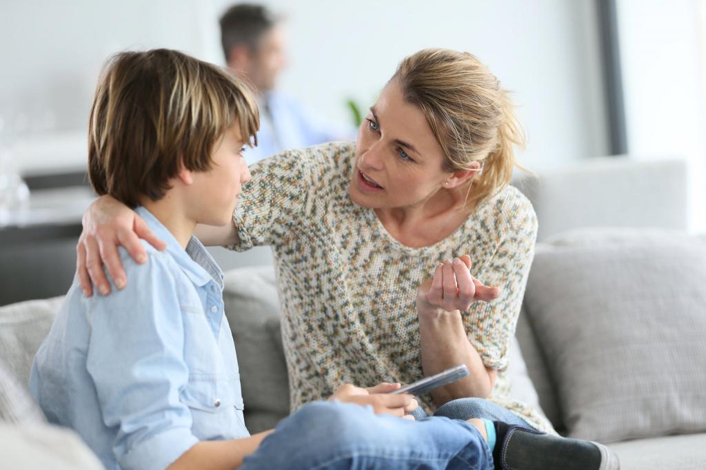ребенок не хочет общаться с детьми, поддержка родителей
