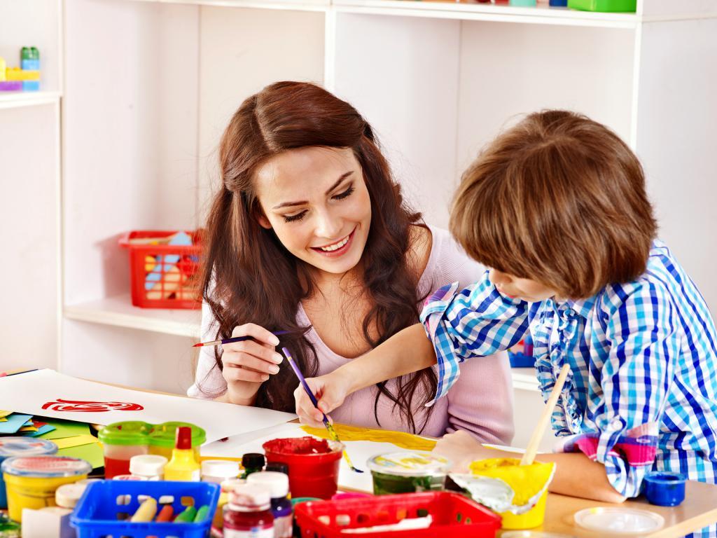 как научить ребенка общаться, помощь родителей