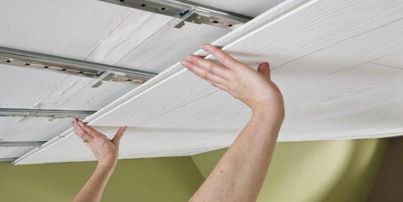 как крепить мдф панели на потолок