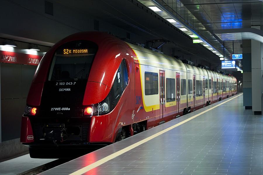 Поезд Варшава