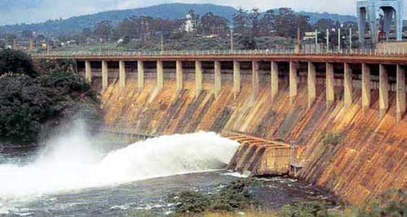 Асуанская плотина