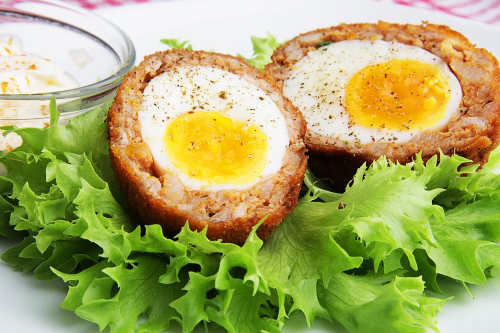 Сытные яйца в панировке