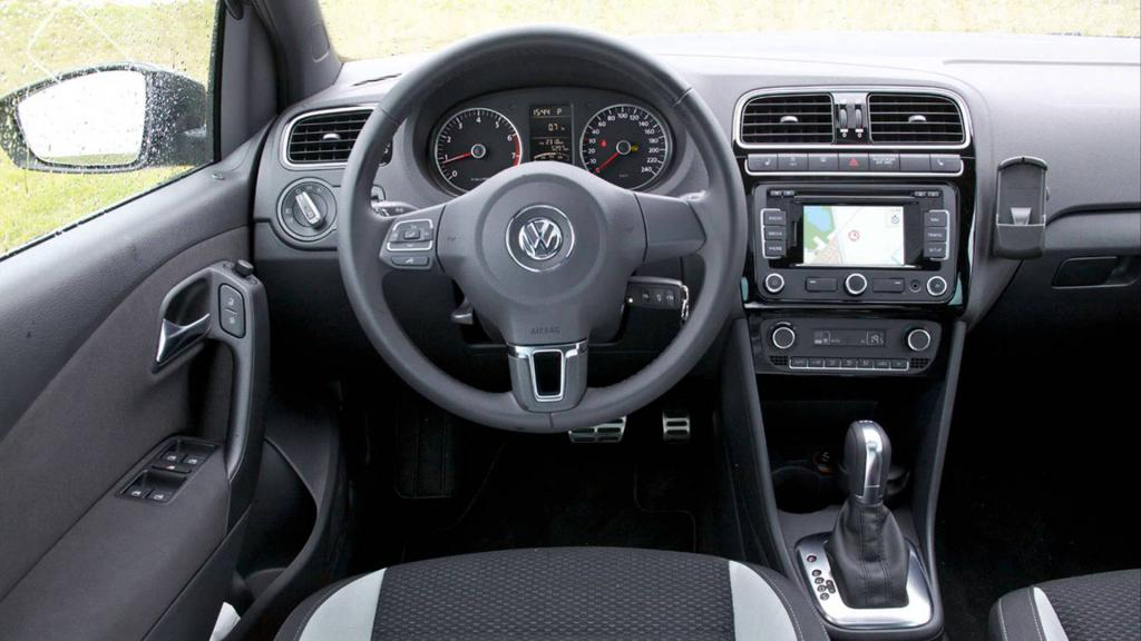 Volkswagen Polo в комплектации Comfortline